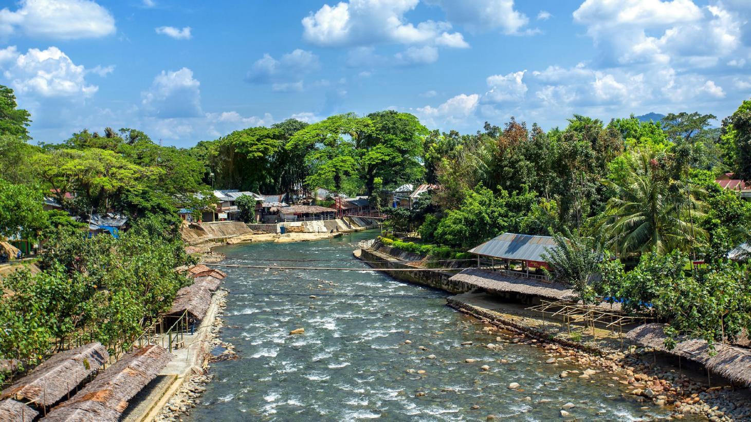 Turismo por Bukit Lawang