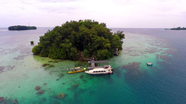 Playa en la isla de Macan
