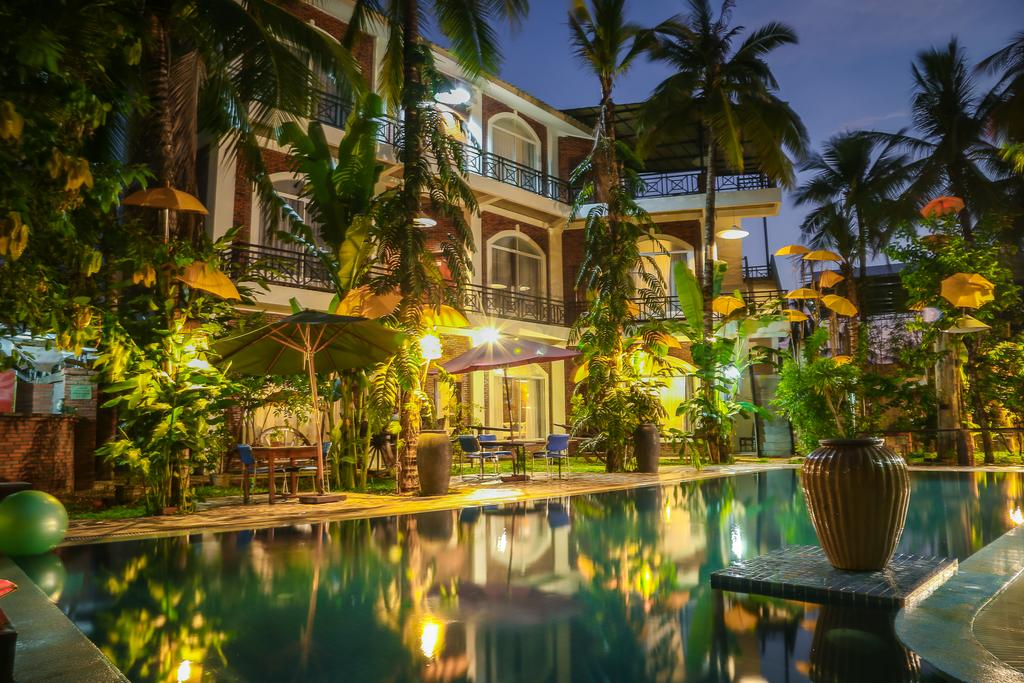 Hotel The Coconut House