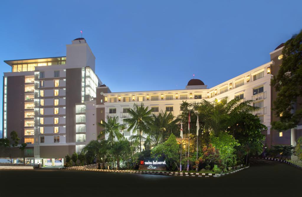 Alojamiento en Jayapura es el Swiss-Bellhotel