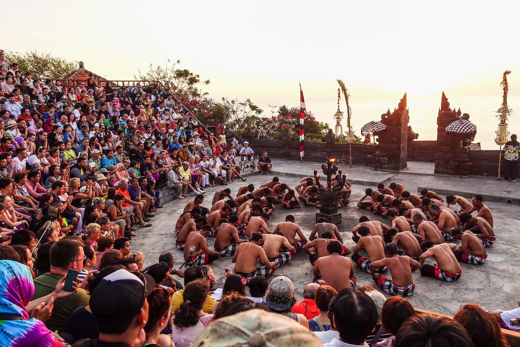 Vista de la Danza del Kecak