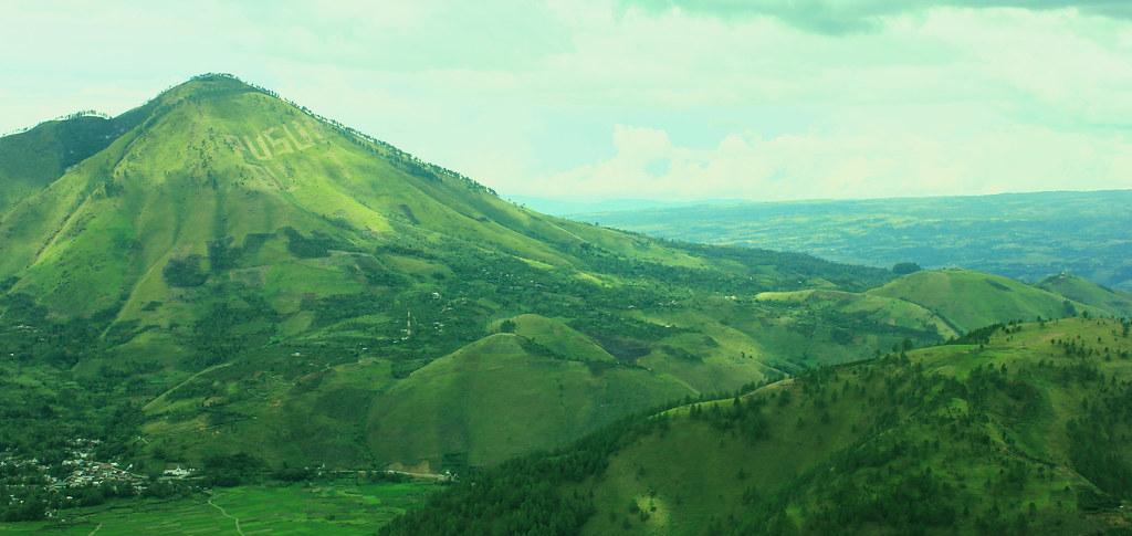 Monte Pusuk Buhit