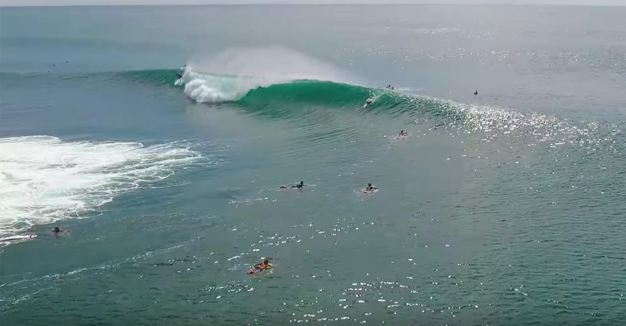 Los 10 mejores lugares para surfear en Indonesia