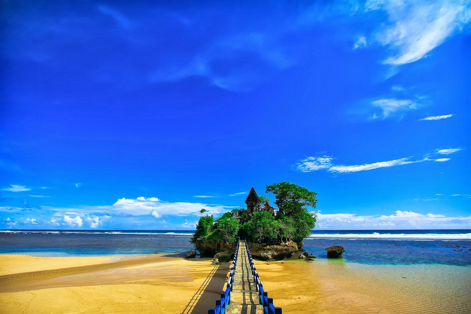 playa Balekambang