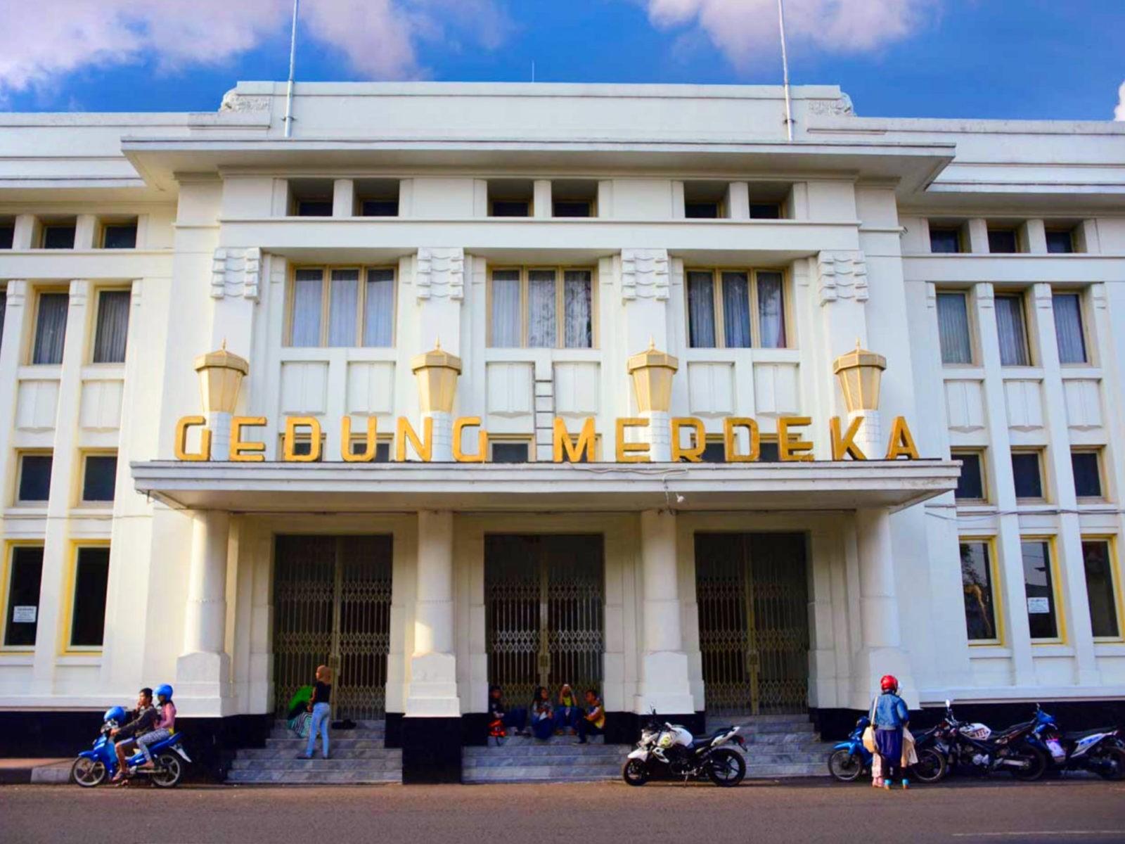 Edificio Gedung Merdeka