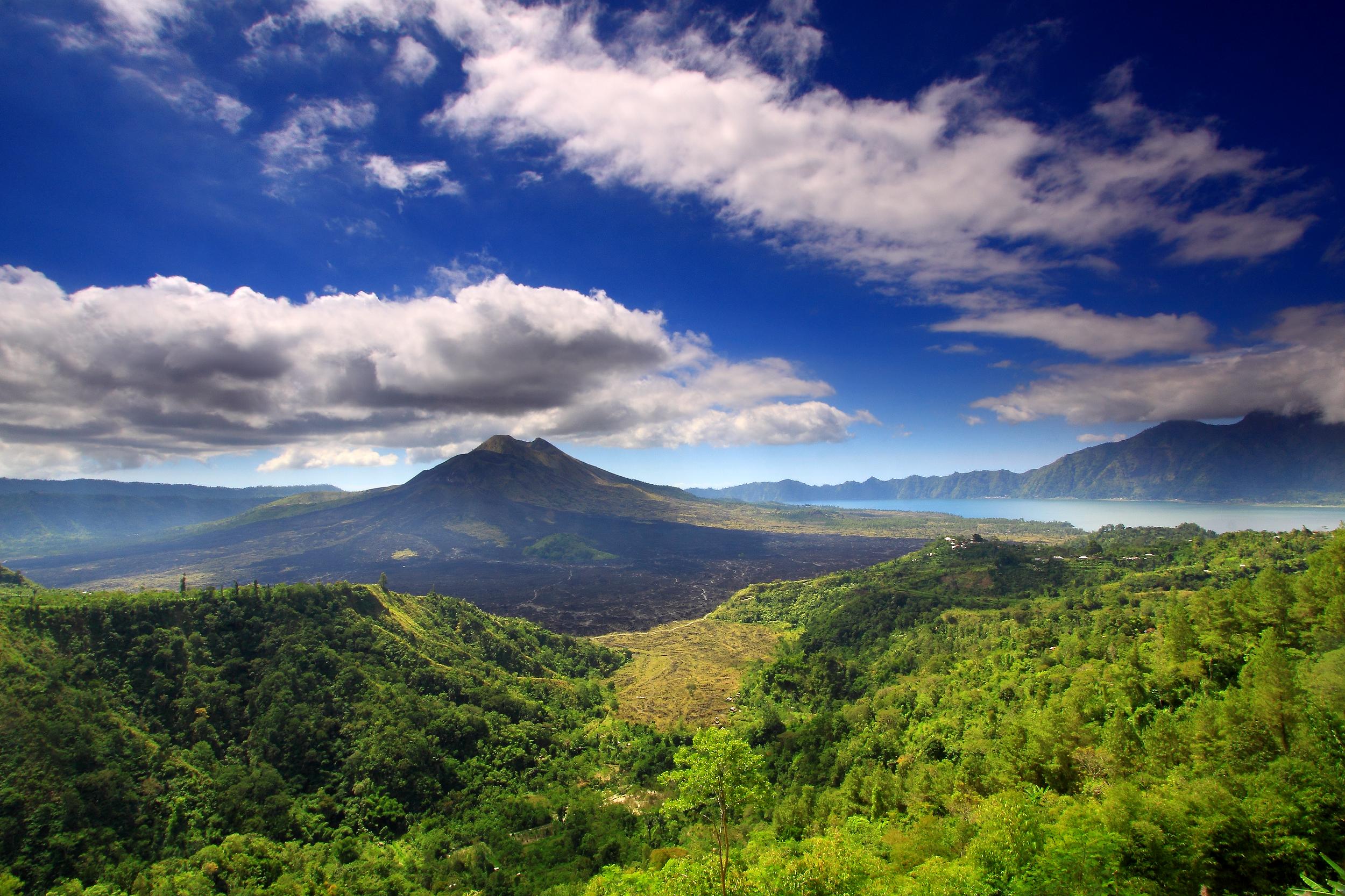 Sube al Monte Batur
