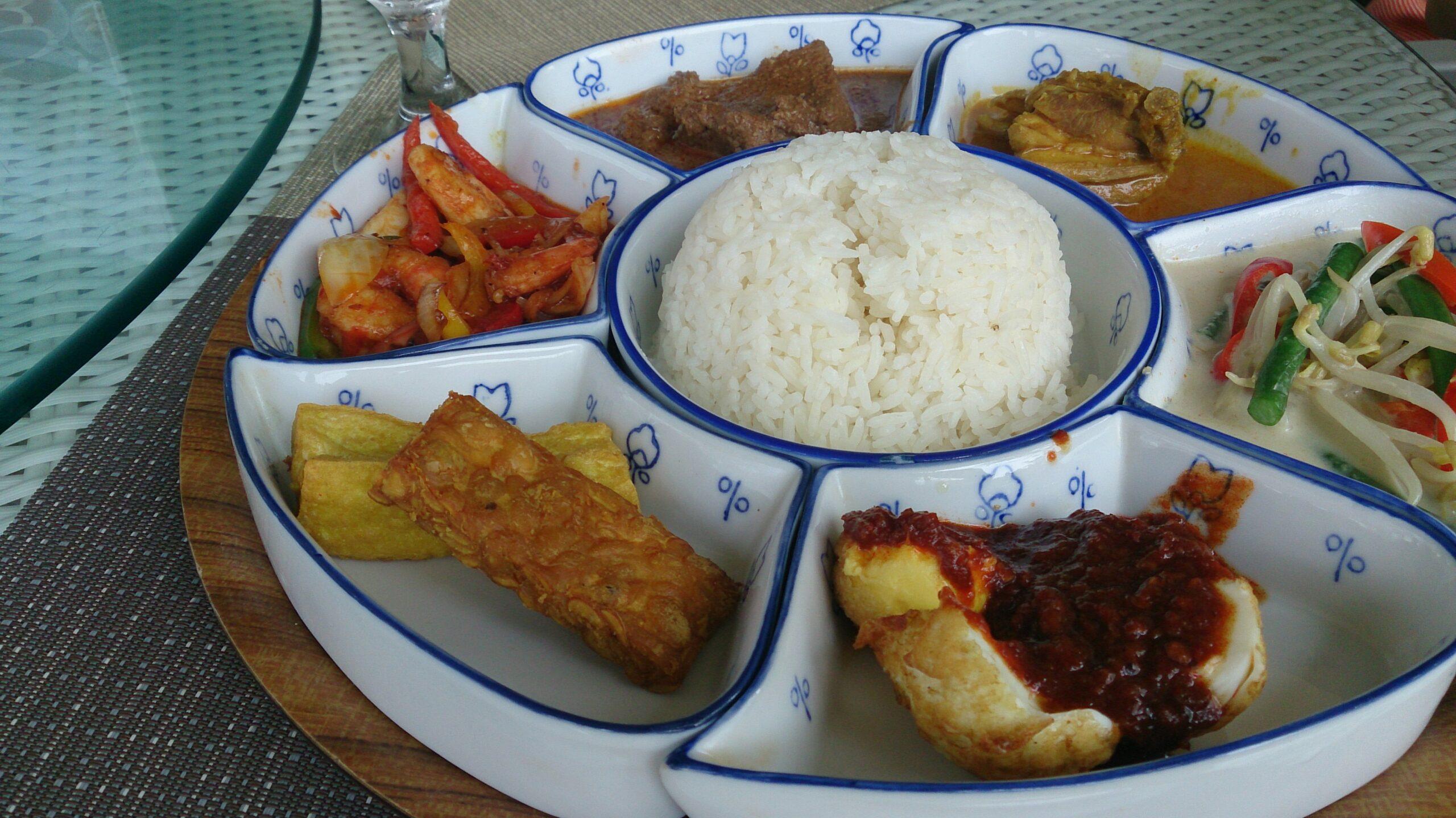 Guía para comer Nasi Padang en Bali