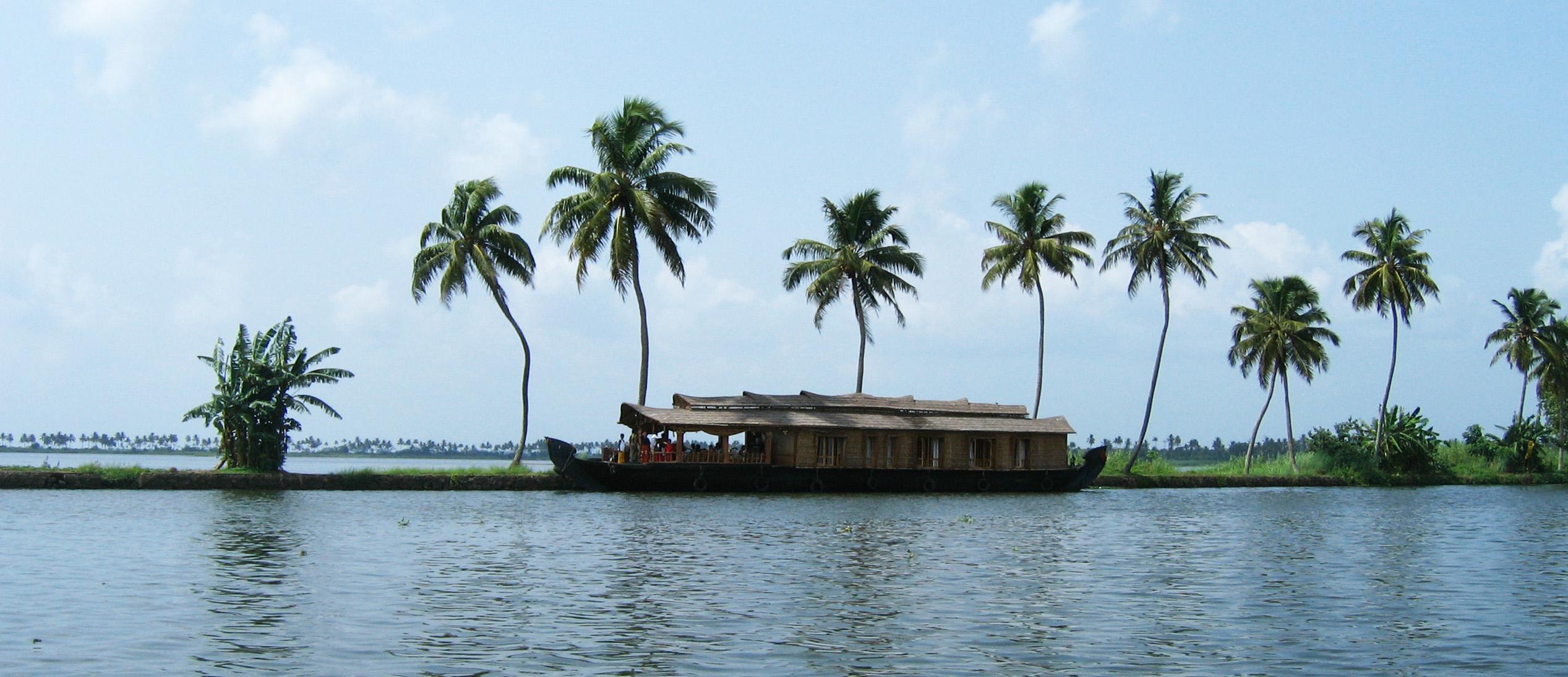 Barcos los remansos costeros