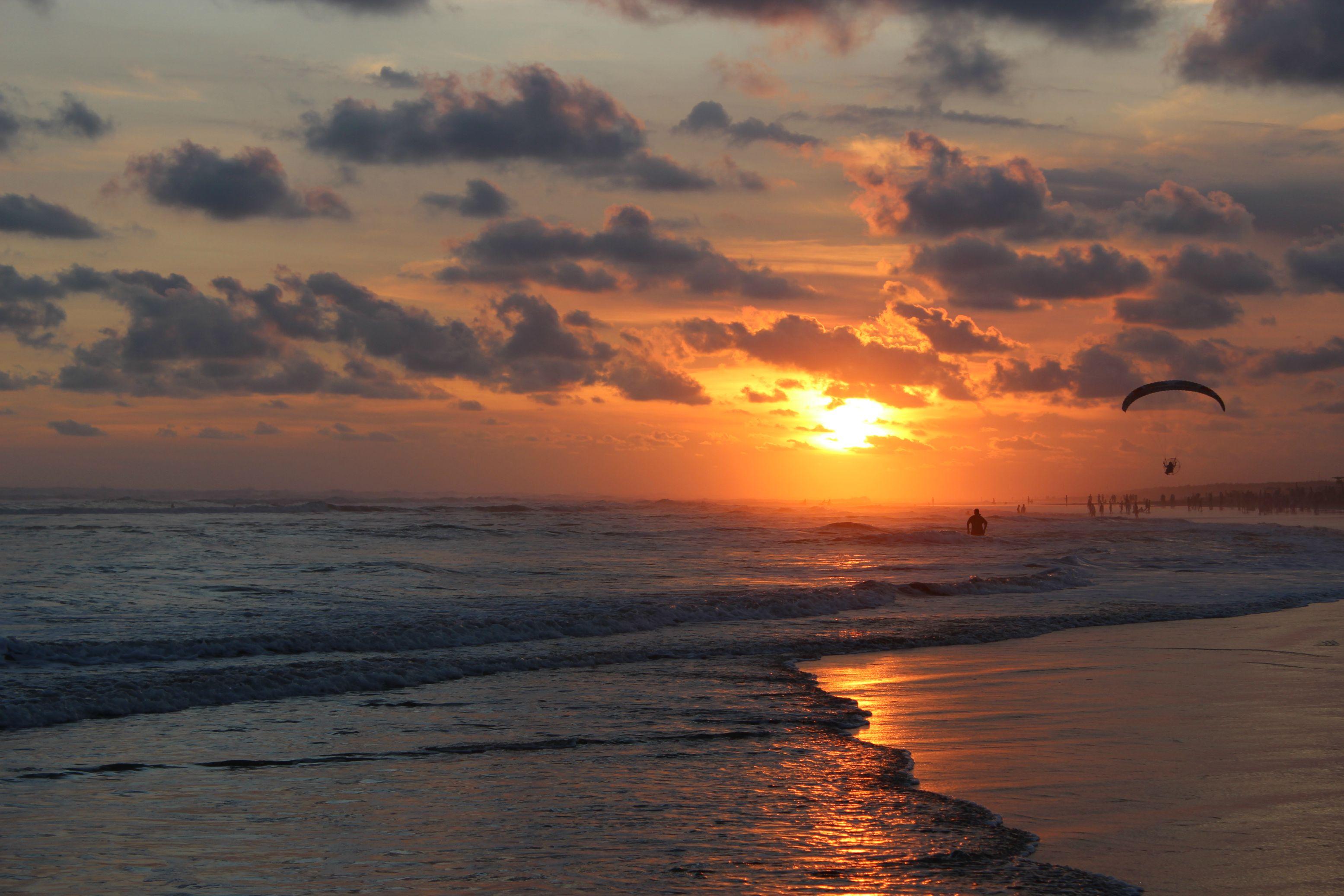 Atardecer en Playa de Parangtritis