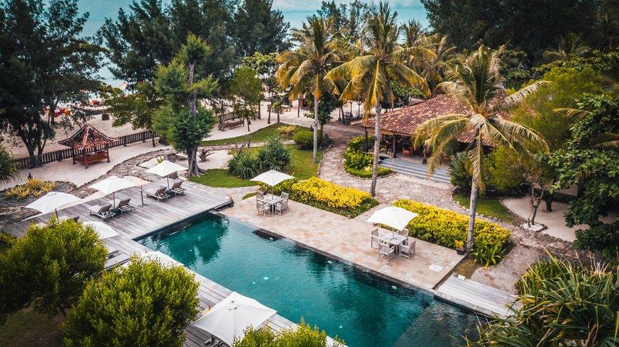 Hotel Desa Dunia Beda Otro resort
