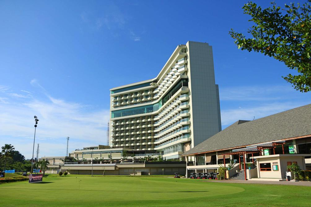 Radisson Golf and Convention Center