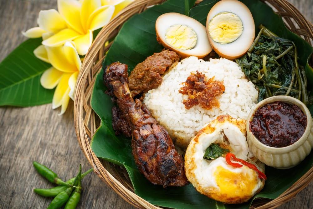 Sopa Típica de Indonesia Rawon - Rawon