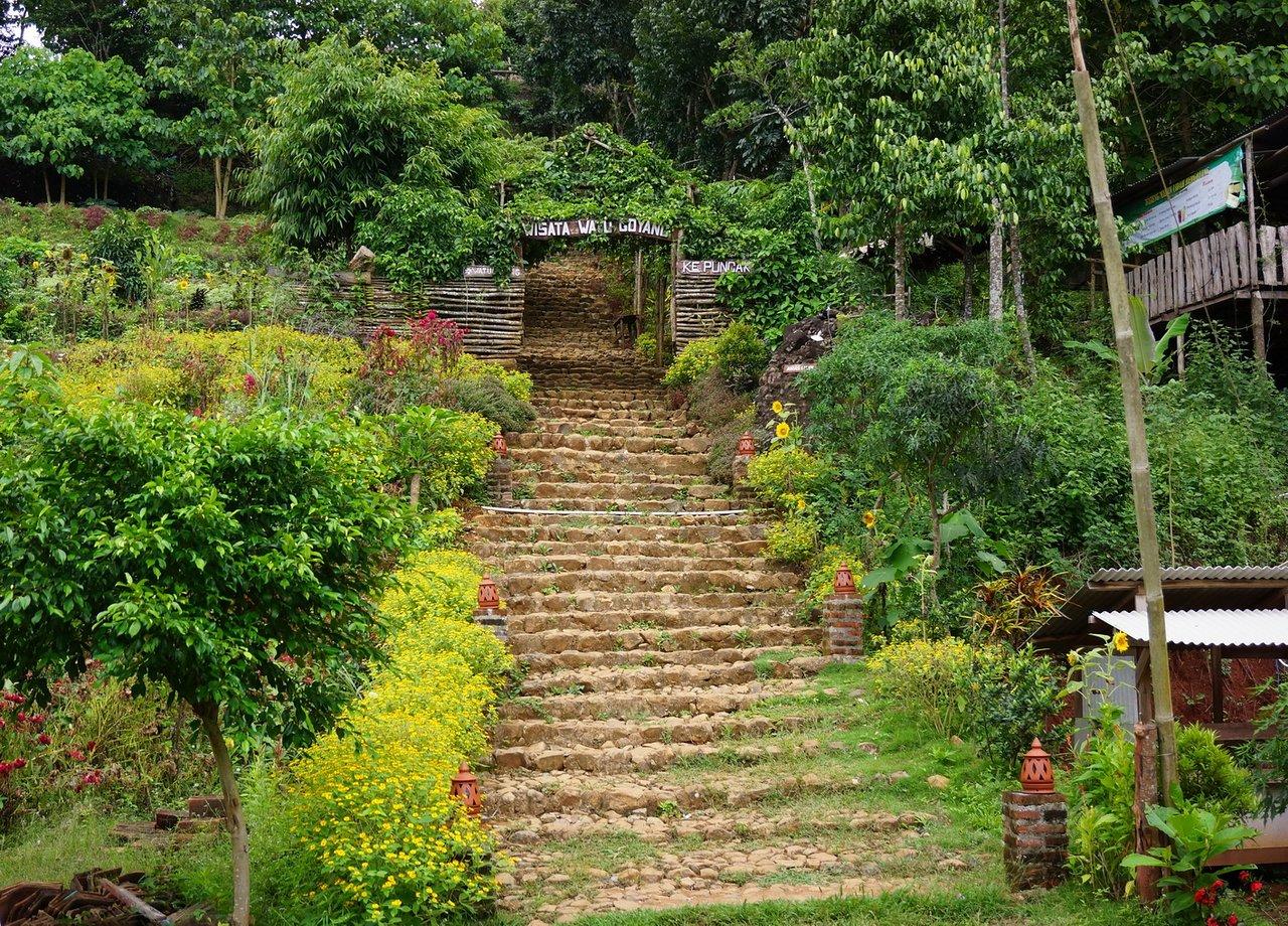 Visita Al Jardín de Frutas de Mangunan