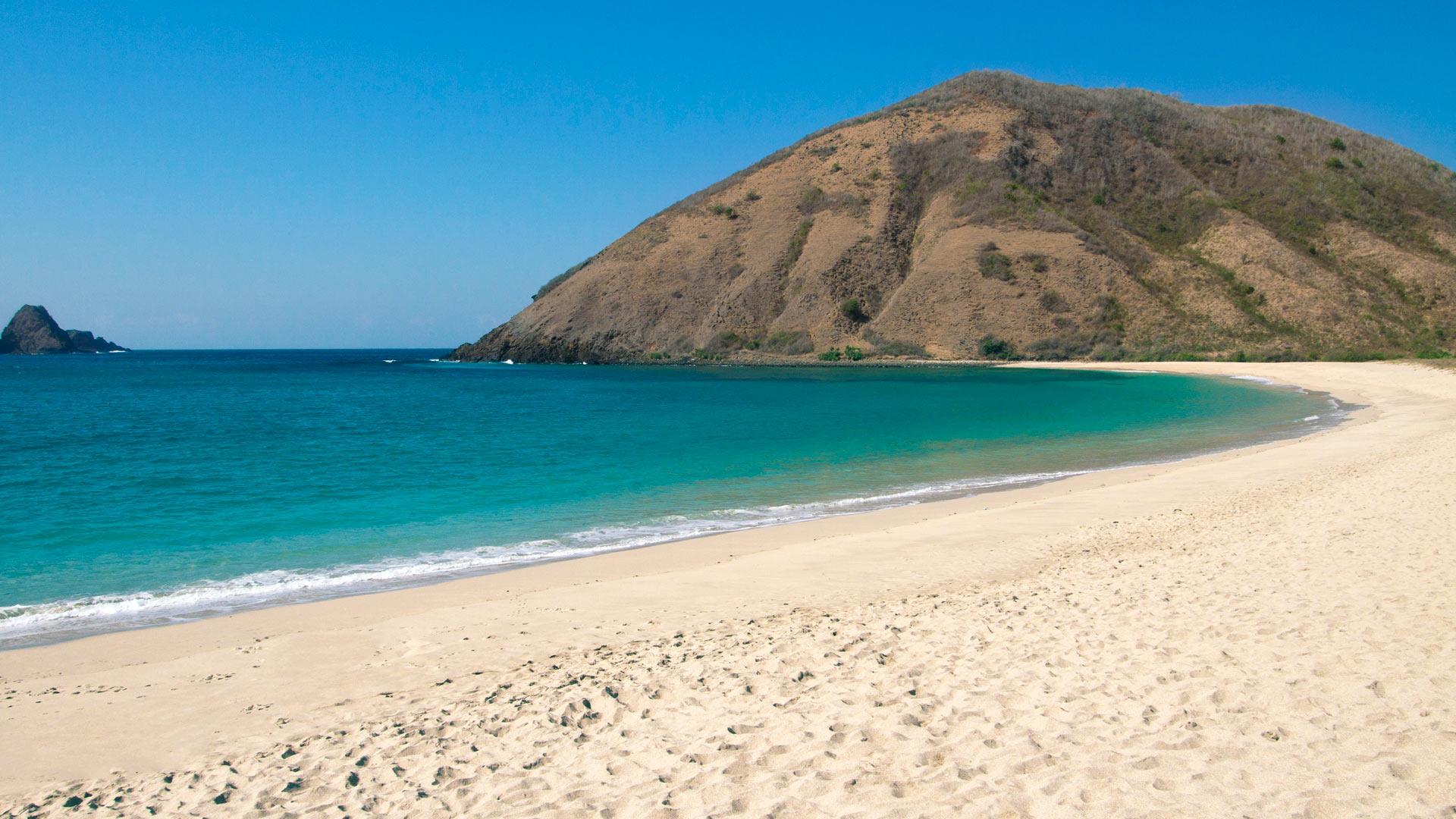 Imagen de la Playa Mawun en  Lombok