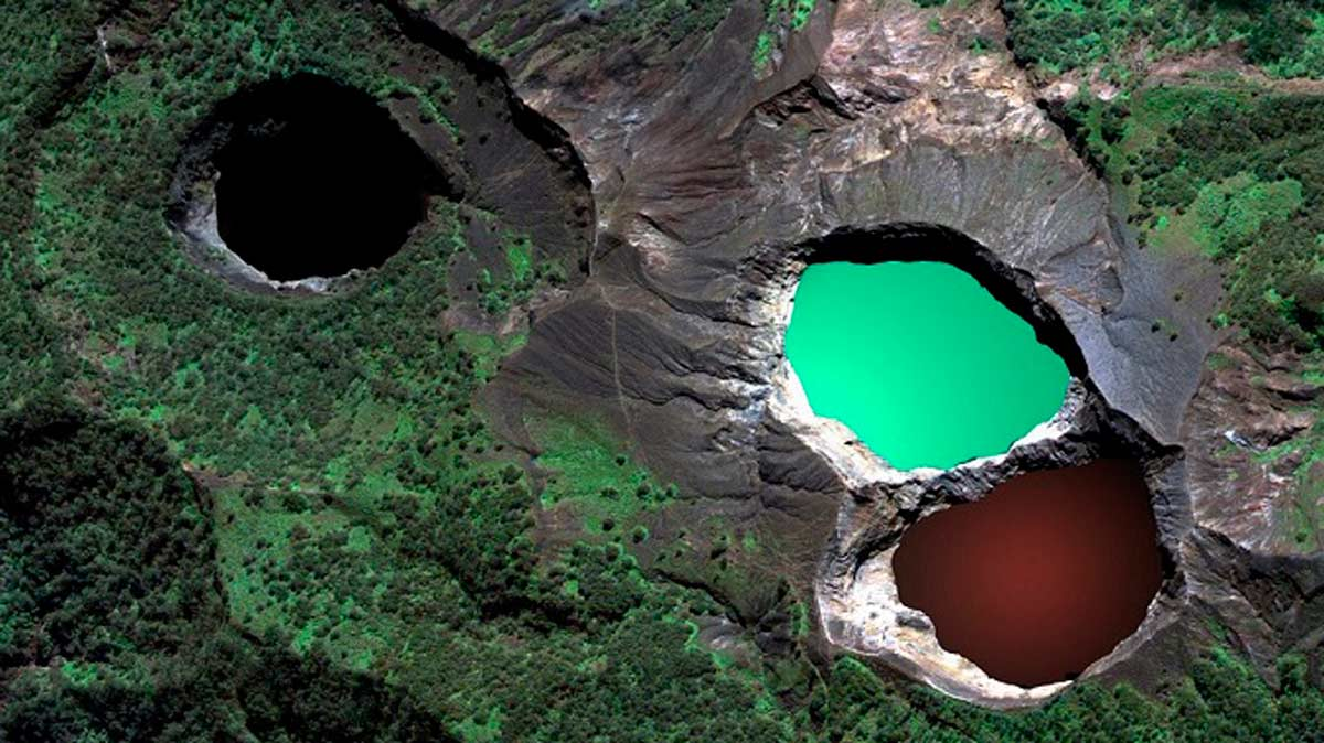Imagen del Monte Kelimutu