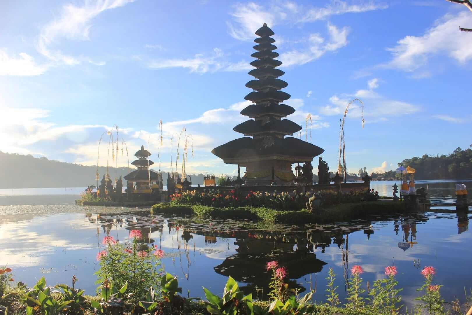 Templo Pura Ulun Siwi